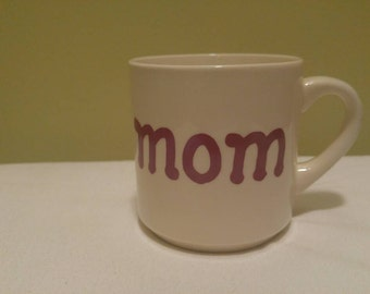 Vintage Ceramic Mom Red Lettering Made in USA Coffee Tea Mug Cup