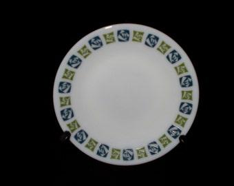 6 x Pyrex tea plates checkers pattern