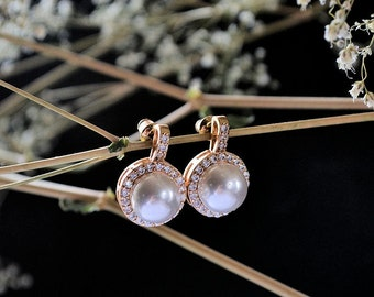Bridal wedding earrings,  gold filled , Swarovski pearls