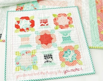 HANDMADE  Quilt Kit // Pattern + Moda Bonnie & Camille Fabric