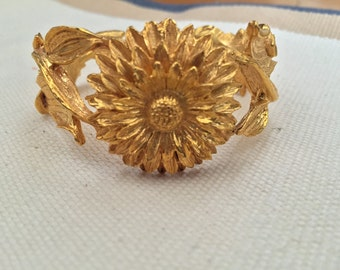 Vintage Inspired Flower Bangle