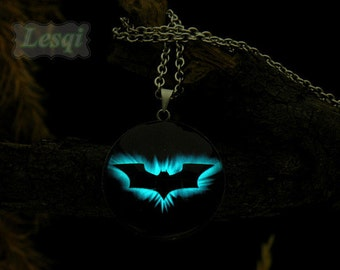 Glowing bat charm necklace,Stainless steel bat pendant necklace,Green-blue light,Glow in the dark