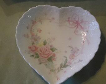 "Mikasa ""All My Love"" Heart-shaped Dish"