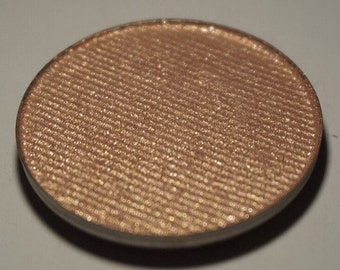 Chimera highlighter - fiery coral/peach with glowy pink duochrome