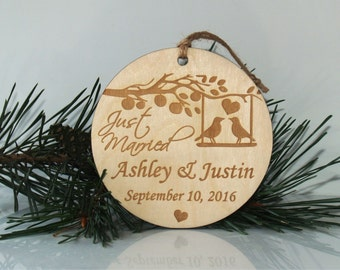 Personalized Christmas married ornament -Just married ornament-Wedding ornament-Christmas tree ornament-Mr and Mrs ornament-Wedding ornament