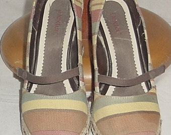 Dexter stripe burlap like wedge shoes size 6