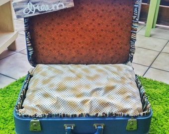 Suitcase Pet Bed