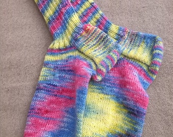 handknitted socks size 40.