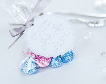 5 Personalised Love & Kisses Favours