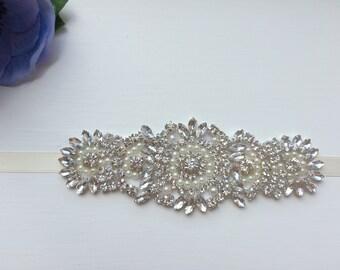 Bridal cuff, Pearl cuff, crystal bracelet, wedding bracelet, wedding cuff, bridal bracelet, wedding jewellery, vintage bracelet, pearl brace