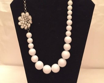 White Flower Bauble Necklace/White Necklace/White Jewelry/Necklace/White