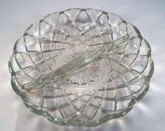 1920s Two Diamond Pattern Moulded Glass Pickle/Relish Dish