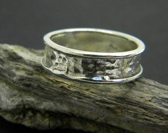 Hammered ring sterling silver band ,organic textured ring for men, Men's ring size 10.5