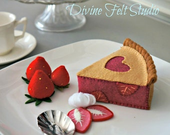 Felt Strawberry Pie -Felt Food Pretend Play Tea Party