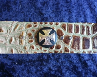 Alligator leather braclet