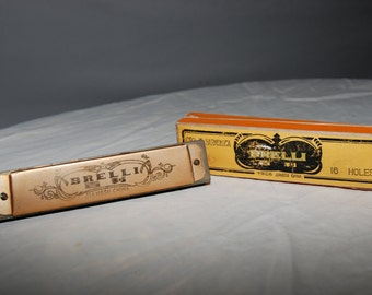 C82-III Brelli 16 hole Harmonica with Box