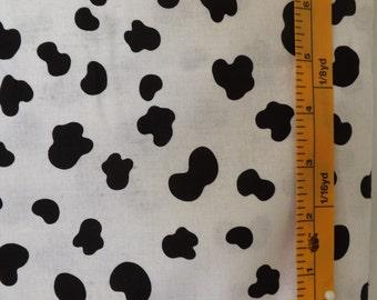 Timeless Treasures Fabrics, KIDZ-C8508 pattern, black and white dalmatian print quilting fabric