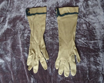 Tiny Taupe Gloves Vintage