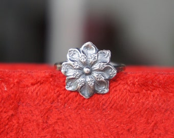 Solid Silver Antique Style French Flower Ring