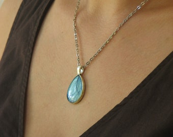 Blue Butterfly wing necklace – Blue Teardrop pendant - Butterfly jewelry – Turquoise pendant – Nature pendant – Resin jewelry (P015)