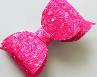 Pink double medium bow
