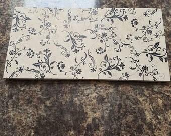 Floral ceramic placemat
