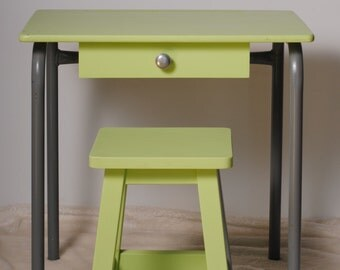 Office child/English desk /tabouret