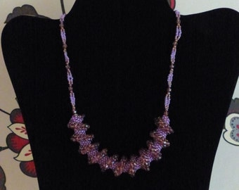 Spiral-style Pink Bead Necklace