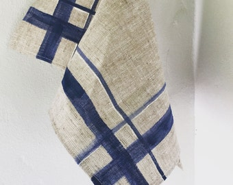 Hand-painted striped linen placemat | Decoration of the home