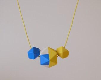 Verano necklace