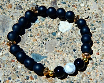 Matte onyx beaded bracelet for protection and wisdom