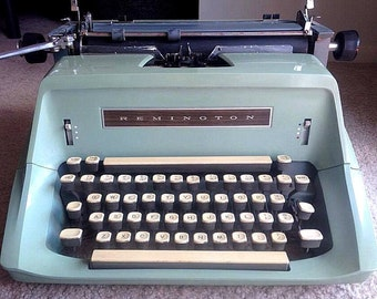 WORKING TESTED CLEANED Vintage Remington Standard Model 24 Manual Green Typewriter Writing Gift Collectible