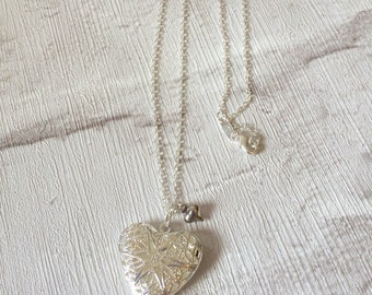 Silver Locket Necklace, Silver Necklace, Silver Locket Heart Pendent, Filigree Heart Locket, Silver Heart, Heart Locket Necklace.