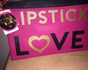 Lipstick love pouch