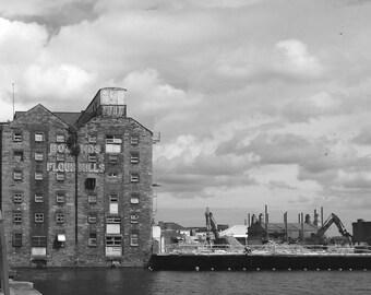 Framed DublinGhostSigns photograph