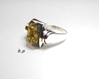 Vintage Handmade Sterling Silver Beautiful Poland Amber Ring ( Size 7 )