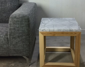 Design end table granite base of wood ash by workshop Bussière shop