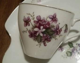 Spring Violets Vintage Snack Set of 7