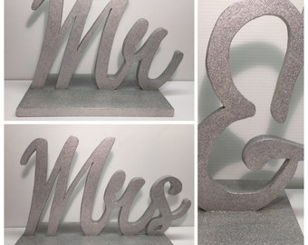 Head Table Wedding Decor Mr and Mrs Sign Glitter