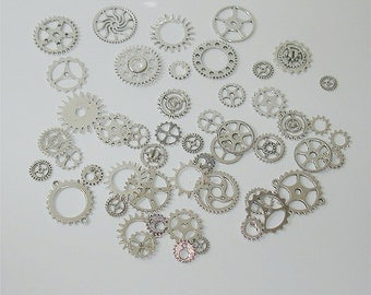 25PC. ANTIQUE SILVER  Tone Plated Finish// Antique Silver steampunk charm assorted//cogs, and gears//25pc steampunk assortment