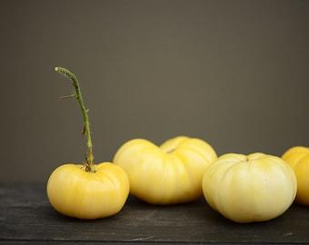 Snezhno Belyi Tomato Seeds -- Best White Variety