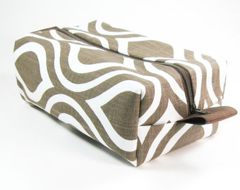 Makeup Bag / Cosmetic Bag/ Travel Bag / Toiletry Bag - Brown Mod