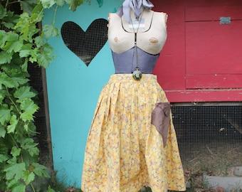 SALE! Vintage Skirt - Farmer Skirt - Cotton Skirt - Summer fun -Retro Skirt - Boho