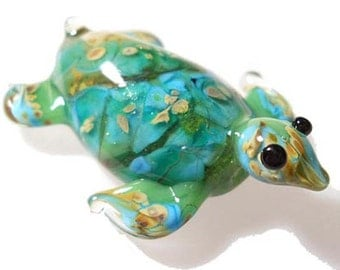 Aqua & green Sea Turtle necklace, Lamp Work Glass Bead ocean pendant, ready to wear glass jewelry, Isinglass Design, glassbead