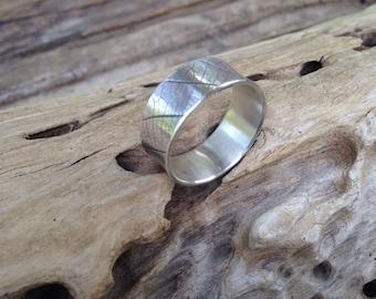 Sterling Leaf Imprint Band