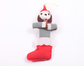 Cute Vintage 1960s Christmas Ornament Felt Dog in Stocking  ~ Pink Room ~ 161219