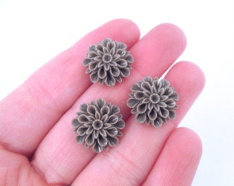 taupe low proflile 15mm mum flower cabochons, cute chrysanthemum cabs
