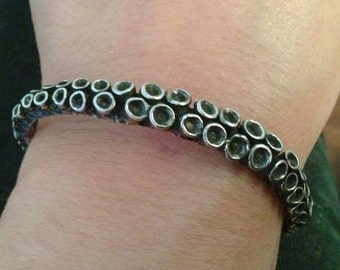 Sterling silver octopus tentacle cuff bracelet by Zulasurfing