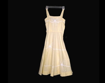Vintage Dress, 1950's, Earyl 1960's, Summer Dress, Yellow Cotton, Fitted Bodice, Full Skirt, Straps, High Waist, Party Dress, Small