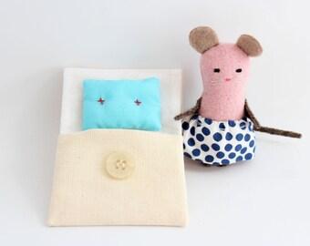 Softie, little beddy-bye - Pink mouse